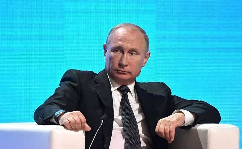 Напленарном заседании Пятого форума регионов России иБелоруссии.