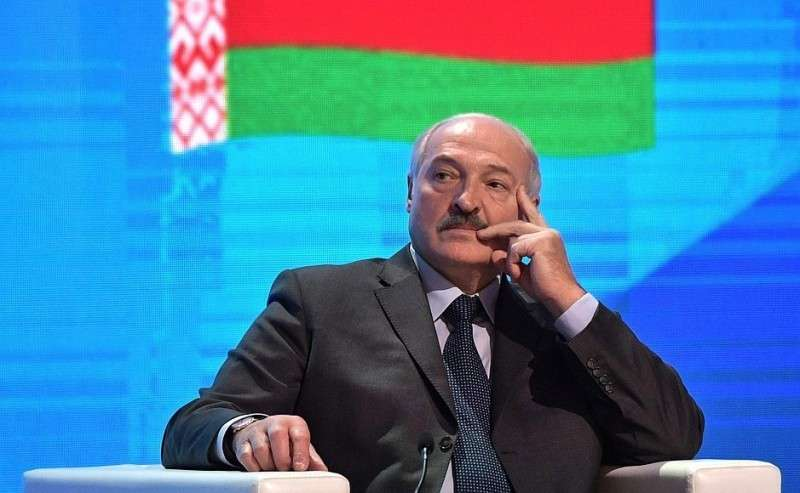 Президент Республики Беларусь Александр Лукашенко напленарном заседании Пятого форума регионов России иБелоруссии.