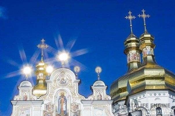 Автокефалия дебилов против жадности Варфоломея: кто захватит церковное имущество Украины?