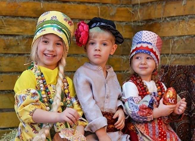 Россия. Почему же на 10 девчонок по статистике 9 ребят?