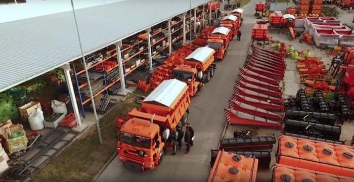 Красноярск закупил 100 единиц новой дорожной техники