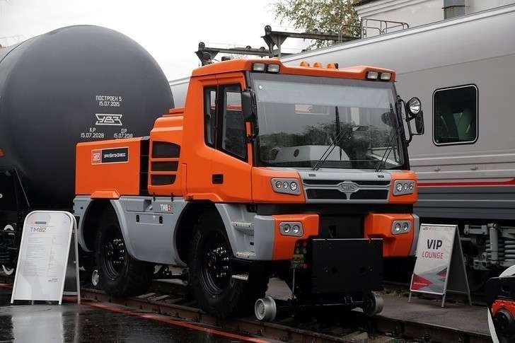 Тяговый модуль Уралвагоназвода ТМВ-2 вышел напути общего пользования