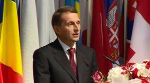 Нарышкин: За обнаружением массовых захоронений на востоке Украины проступают признаки геноцида
