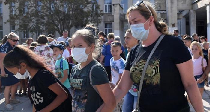 В Армянске выбросы снова травят людей. Власти Крыма ушли в молчанку