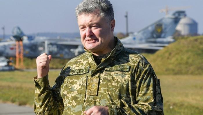 Порошенко пригрозил России разваливающийся авиацией
