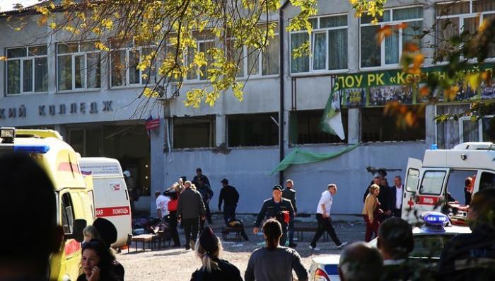 Жертвами теракта в Керчи стали 18 человек, ранено более 40, обнаружено тело подозреваемого