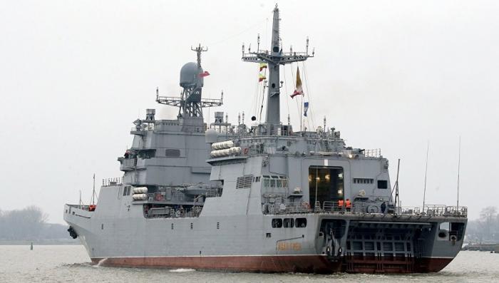 БДК Иван Грен вышел в Северное море