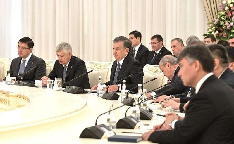 Российско-узбекистанские переговоры врасширенном составе.