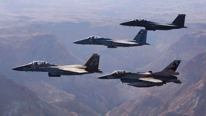 Израиль наращивает концентрацию самолётов в небе Ливана у границы с Сирией