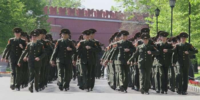 Российские офицеры прибыли в Киев