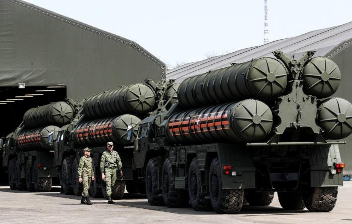 Алмаз-Антей передал Минобороны очередной полк зенитной ракетной системы С-400