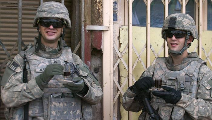 Попил военного бюджета по-американски: сотни кофейных кружек по 835 долларов