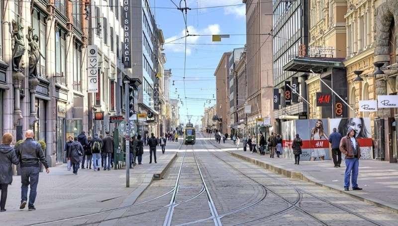Финнов пугают русскими магазинами, которые равны русским танкам