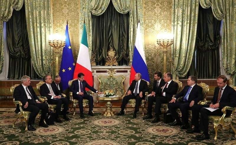 Встреча сПредседателем Совета министров Итальянской Республики Джузеппе Конте.