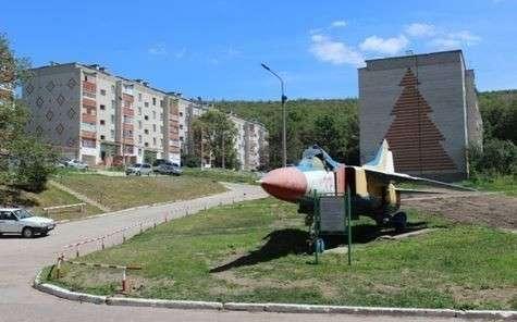 Из Саратова прямо в оффшор: куда деваются деньги на ремонт военных городков?