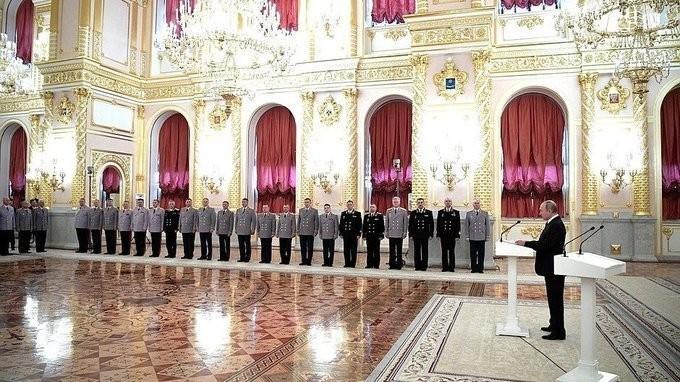 Владимир Путин встретился с офицерами по случаю их назначения на вышестоящие должности