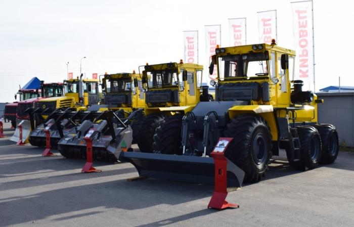 Петербургский тракторный завод представил линейку новых тракторов «Кировец»