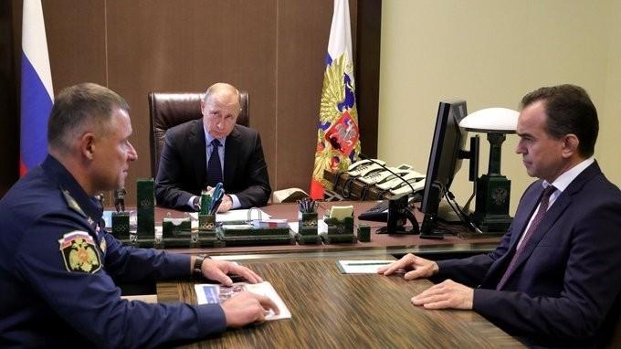 Владимир Путин провёл совещание поликвидации последствий паводка вКраснодарском крае