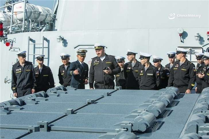 Корабли Тихоокеанского флота свизитом дружбы вЦиндао (Китай)