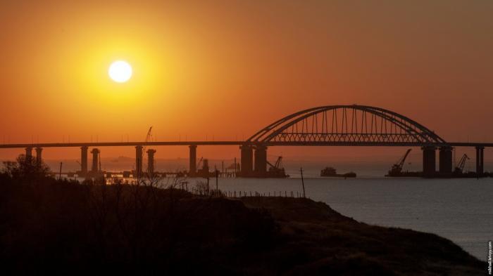Крымский мост: как обычное сооружение стало для России символом развития инфраструктуры