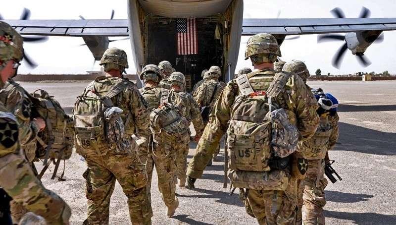 Дональд Трамп отправит пять тысяч военных на границу с Мексикой