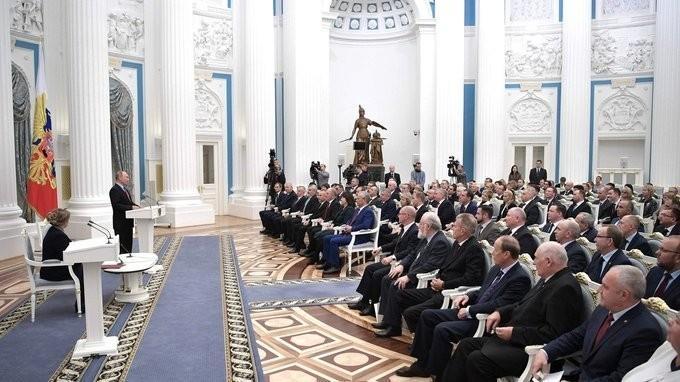 Владимир Путин встретился в Кремле с членами Центральной избирательной комиссии