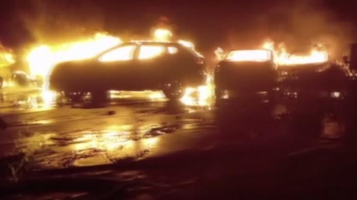 В Италии сгорели сотни новых Maserati из-за наводнения