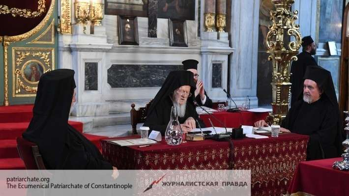 Константинопольский патриарх угрожает упразднить РПЦ