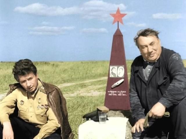 Российским военным будут показывать советские фильмы, отряды Юнармии будут во всех школах