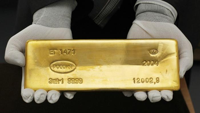 Золотой запас России, почему страна рекордно скупает золото?