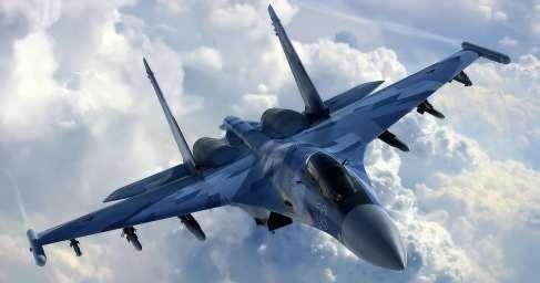 ВМС США показали «жуткие» кадры, как российский Су-27 запугивал американских разведчиков