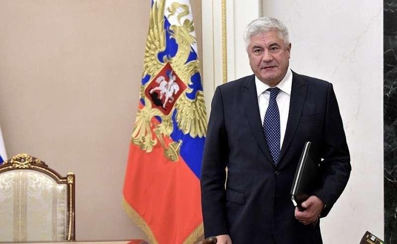 Министр внутренних дел Владимир Колокольцев перед началом совещания спостоянными членами Совета Безопасности.