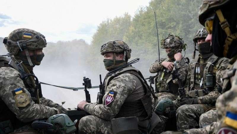 Украина стягивает силы к линии соприкосновения в Донбассе, заявил Борис Грызлов