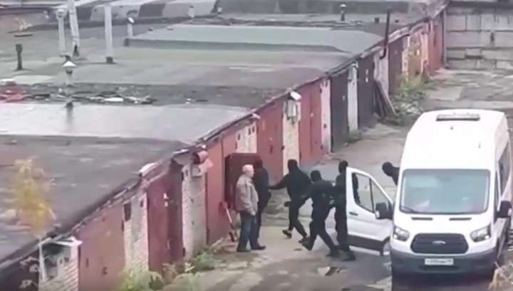 В России раскрыли сеть наркоторговцев, орудовавшую в 20 регионах, изъяли тонну наркотиков