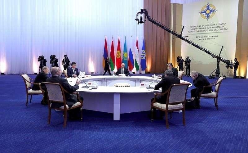 Заседание Совета коллективной безопасности ОДКБ вузком составе.