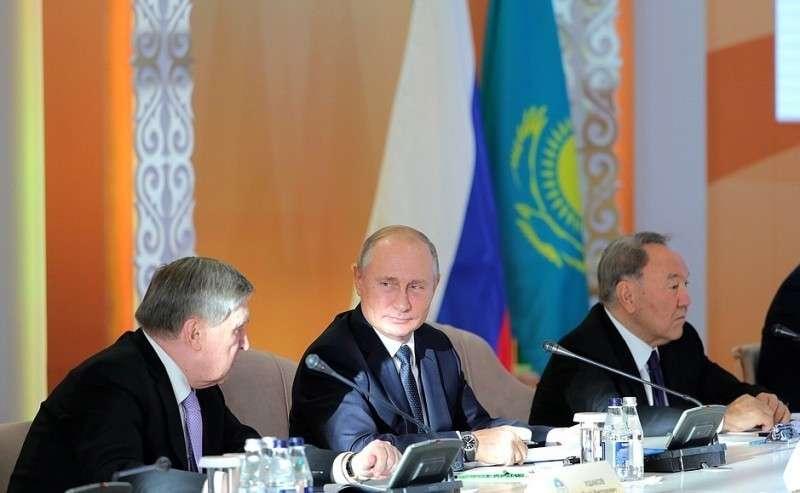 Напленарном заседании XV Форума межрегионального сотрудничества России иКазахстана.