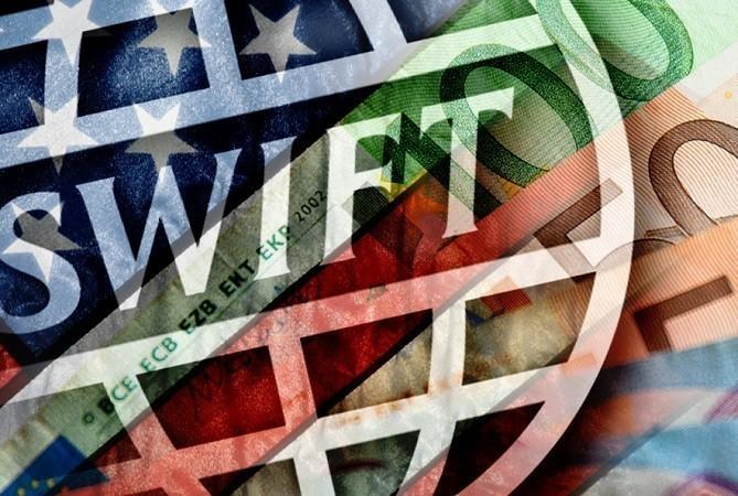 Дональд Трамп смог наклонить SWIFT но это пирова победа