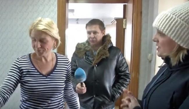 Сотрудница нерадивой компании ЖКХ заперла журналиста из-за сюжета о холодных батареях