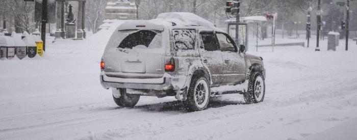 Первый снег принес украинцам много радости и положительных эмоций