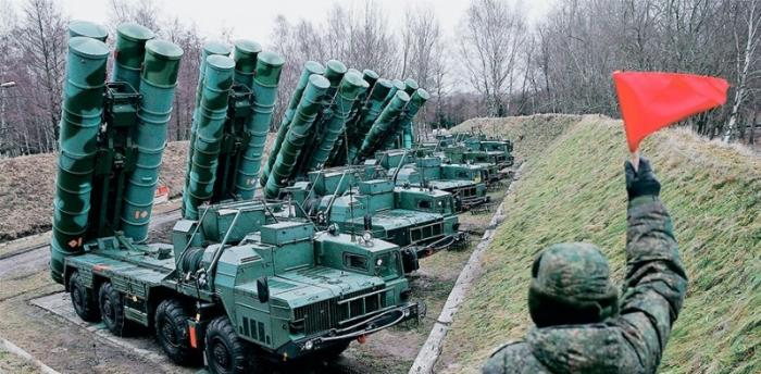 Российский комплекс С-400 заинтересованы купить 13 стран мира