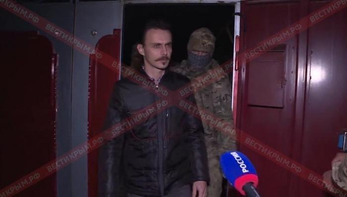 В Крыму ФСБ устроила массовую облаву на секту «Свидетелей Иеговы»