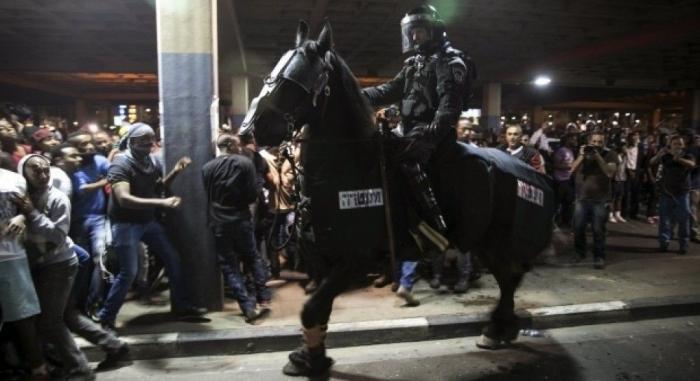 Массовые беспорядки в Израиле: евреи требуют начать войну