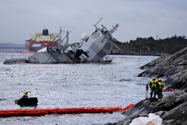 По делу о потопленном норвежском фрегате на допрос вызвали офицера ВМС США