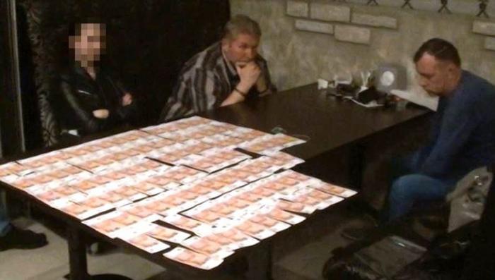 В Крыму на взятке поймали главу предприятия, входящего в «Росатом»