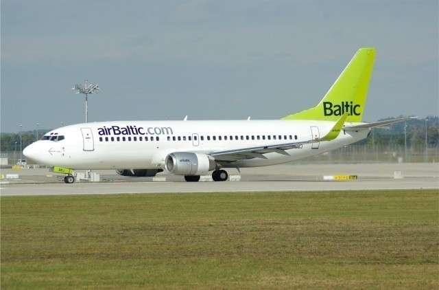 Самолет Air Baltic