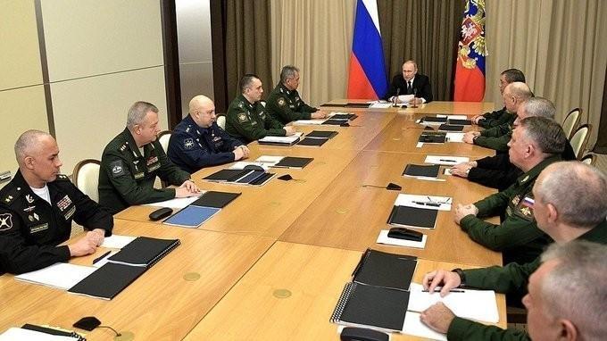 Владимир Путин провёл совещание сруководством Министерства обороны