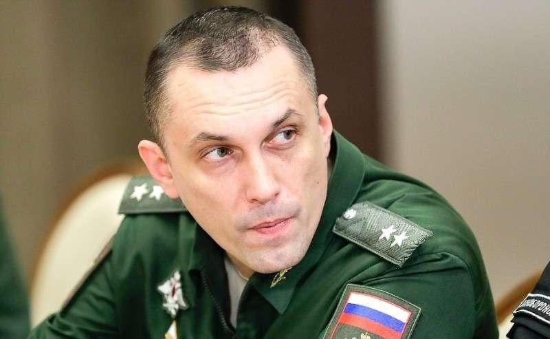 Заместитель Министра обороны Алексей Криворучко перед началом совещания сруководством Министерства обороны ипредприятий оборонно-промышленного комплекса.