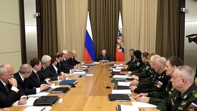Владимир Путин провёл совещание с руководством оборонно-промышленного комплекса