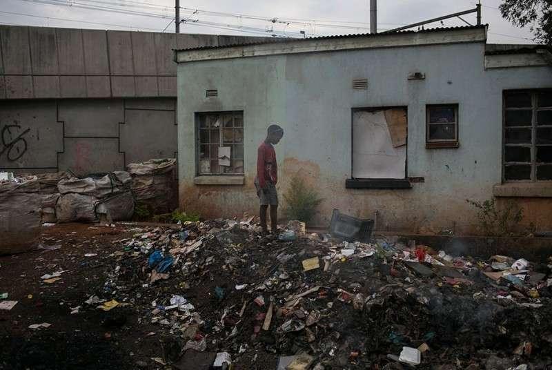 Геноцид белой расы, итоги: горы фекалий, мусора и протухшей еды