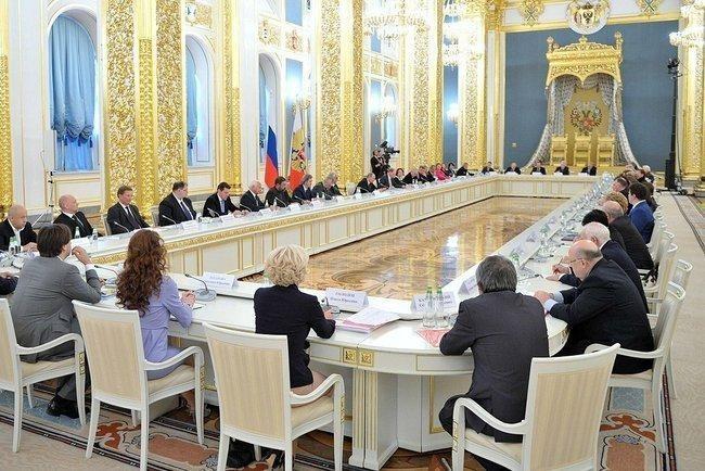 Владимир Путин значительно обновил состав Совета по культуре и искусству РФ